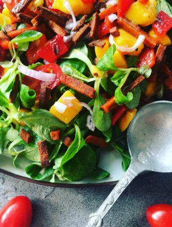 Zomerse salade met mango