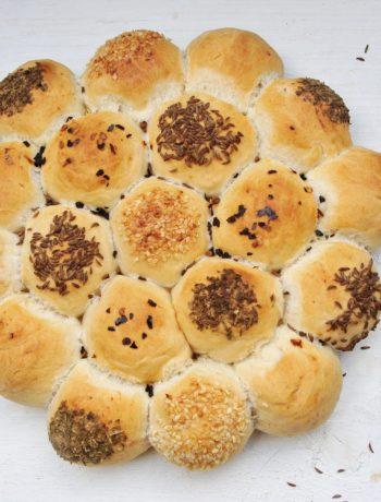 Breekbrood met gepofte knoflook