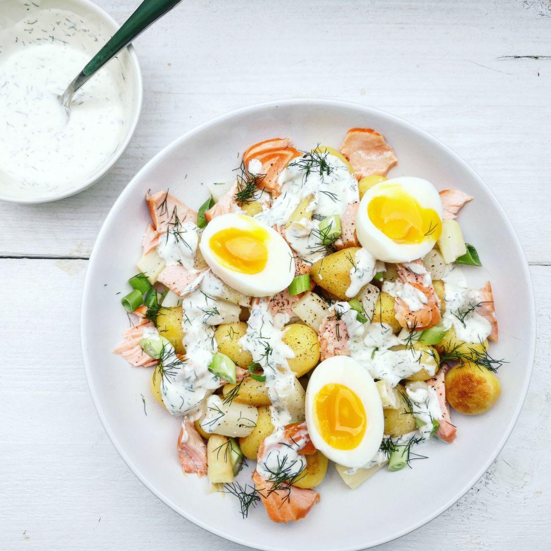 Salade met asperges en zalm